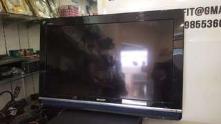 """Lelong fast !!! Sharp Aquos 32""""lcd tv with wall bracket and remote control"""