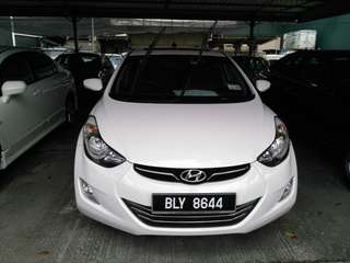 Hyundai elantra 1.8 gls at
