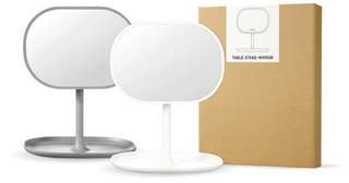 😱PRICE REDUCED- Brand New Innisfree Table Stand Mirror (WHITE)