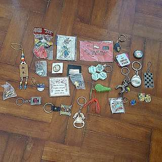 Collectibles (marbles, crafts, keychains, badges)