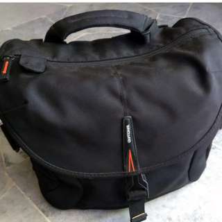 Vanguard camera bag (price reduced)