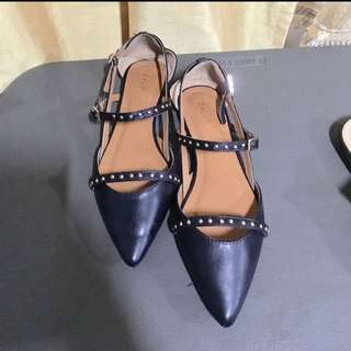 Zalora pointed shoes