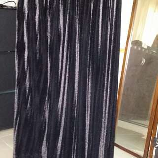 黑色絨長裙