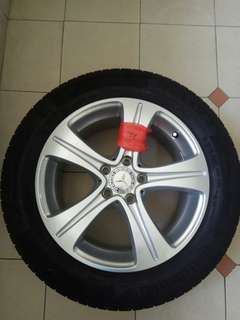 "Mercedes W213 stock 17"" rims"