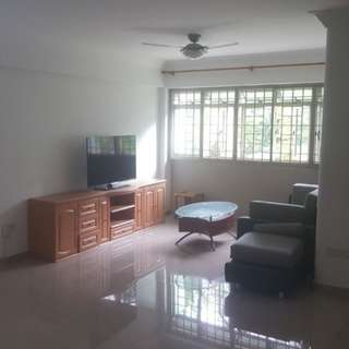 Blk 126B (Punggol)Edgedale Plains Spacious 3+1 Flat For Rent Nearby Punggol Plaza Shopping Centre, Punggol 21 CC