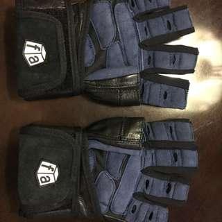FREE SHIPPING within Metro Manila : Weightlifting gloves - Medium