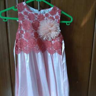 Dress pesta size 4