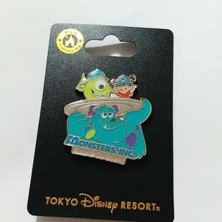 東京迪士尼怪獸公司徽章