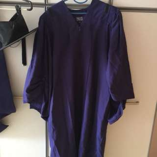 NUS - convocation gown size M