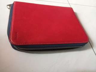 Fossil tablet case