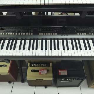 Yamaha keyboard psr s670