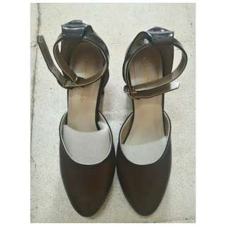Yongky Komaladi High Heels Brown
