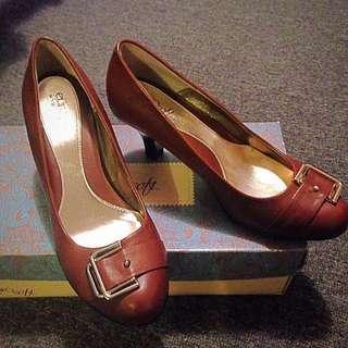 Brand New Brown Heels