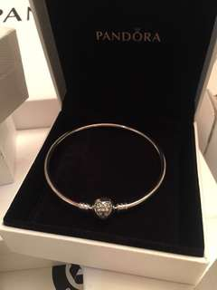 Authentic Pandora Sterling Silver Bangle with Sparkling Snowflakes Heart Clasp