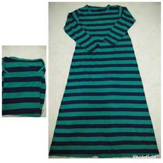 Long dress garis