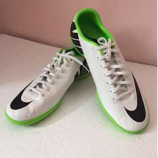 Mercurial Nike Shoes