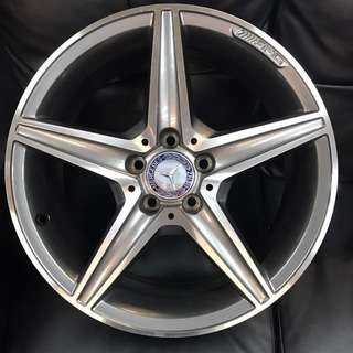 """Used original W205 18"""" staggered wheels"""