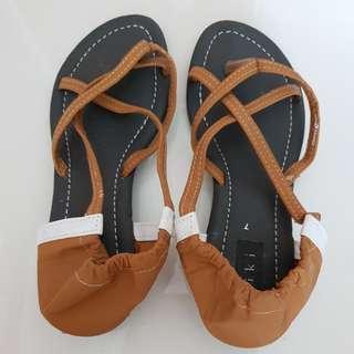 👠Offer half price/low heel shoe