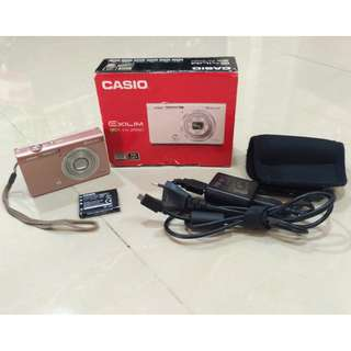 Casio EX-ZR 50 Camera