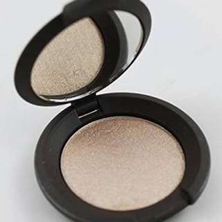 BECCA Shimmering Skin Perfector Pressed Powder (highlighter)