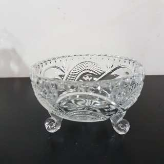 Glass standing bowl