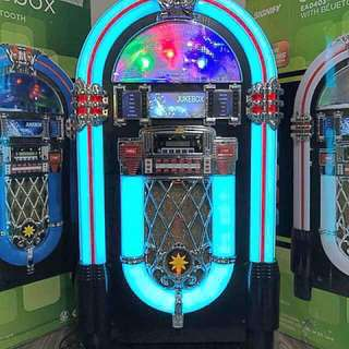 Signify Retro Large Jukebox With Bluetooth