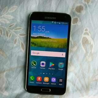 Samsung S5.