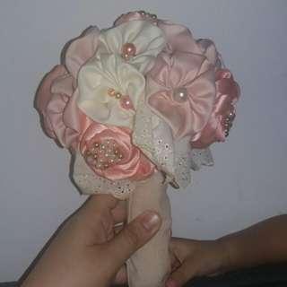 Bunga tangan untuk wedding