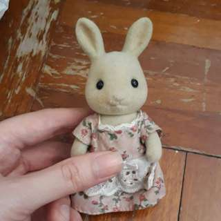 Sylvanian Families Mother Rabbit