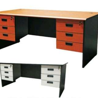 Exexutive table x office furniture