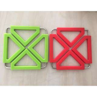 Coaster for Pots/cooking ware x 1 pair