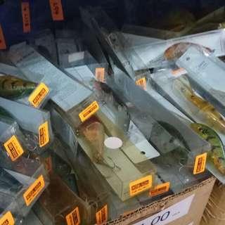 Fishing Crank bait Deep Diver (battery faulty). Selling in Bulk. Min. 100 pcs