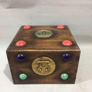 木製飾物盒