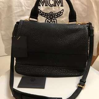 MCM Black Leather Bag 黑色真皮手袋 膊背袋