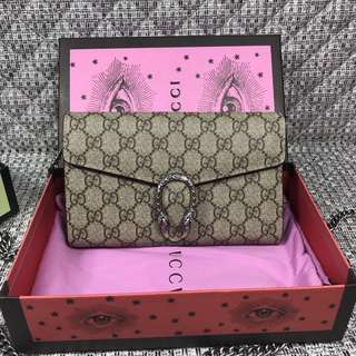【Gucci Dionysus GG Supreme Chain Wallet】Tiger head spur closure, ready stock!