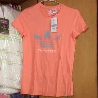 Adidas Tee size M woman t-shirt orange color