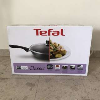 Tefal non stick deep frying pan