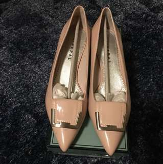 Pink Shoes NEW Size 39