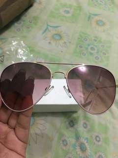Kacamata payless