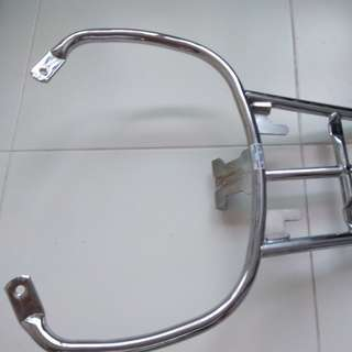 Vespa gts,gtv, rack for sale good condition site very new