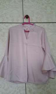 BN Blouse w ring