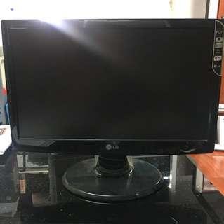 """LG Monitor 18"""""""