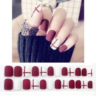24pcs/Set White Red Bride Nail Art Tips, Short Geometric Line Full Finished Nail Decoration False Nails with Glue Fake Nails