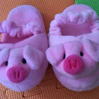 Kids soft shoes