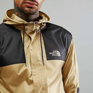 The North Face 1985 Mountain Jacket  卡其/酒紅色
