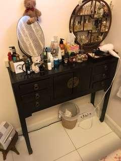 古典食梳妝櫃枱