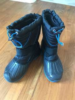 Boys Age 5-7 years Kodiak Canada Ultra Thermal Boots -40C