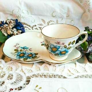 英國骨瓷老件茶/咖啡杯裙盤組
