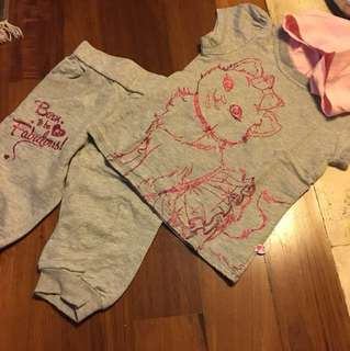 Barbie t shirt and pants 4y