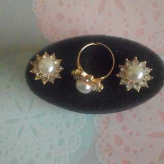 Gold-plated fashion jewellries (Pre-loved items)